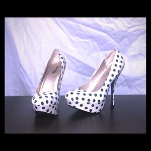 Shoes - Charlotte ruse shoes